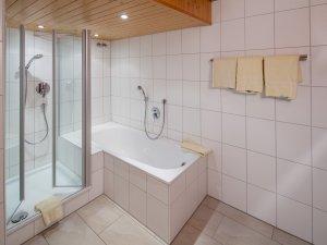 Gönnen Sie sich ein erholsames Bad nach einem langen Tag im Allgäu!