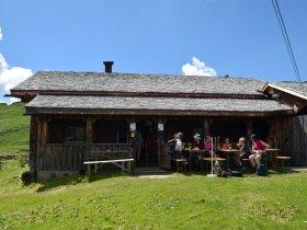 Zwischenstation auf der Ifengundhütte