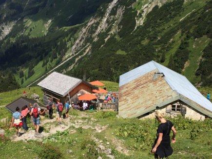 Der Abstieg vom Widderstein kann beginnen!