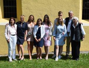Familie und Freude waren bei der Firmung von Tochter Carlotta dabei