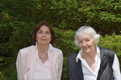 Oma Barbara (77) und Oma Marianne (84)