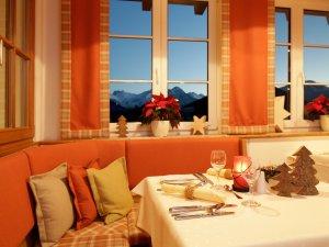 Vom Restaurant mit Blick auf die Berge