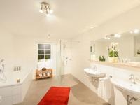 Ferienwohnung Enzian Badezimmer