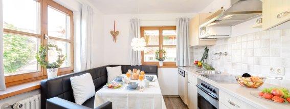 Küche und Essbereich in der Ferienwohnung 2