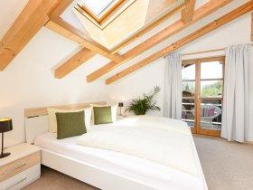 Alpin gestaltetes Schlafzimmer