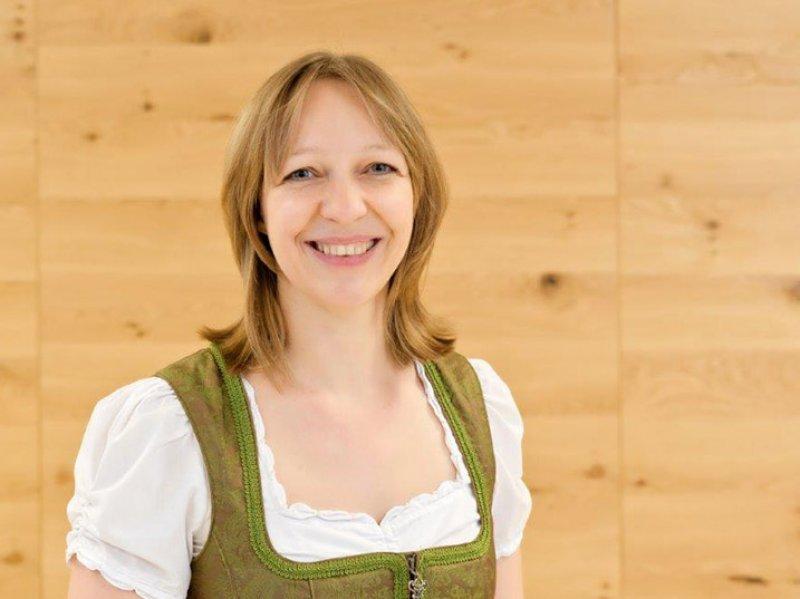 Sabrina Höpfinger - Empfangschefin
