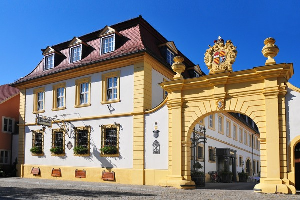 Romantik Hotel & Weingut Zehntkeller