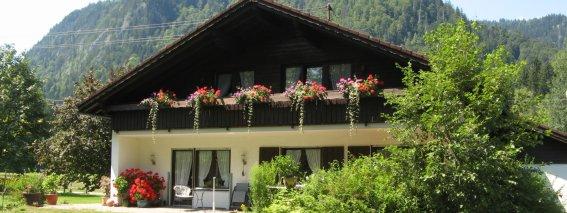 Aussicht vom Balkon in Richtung Oberstdorfer Berge