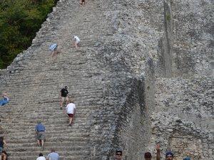 Pyramiden für Behinderte