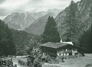 Bauernhaus im Birgsautal