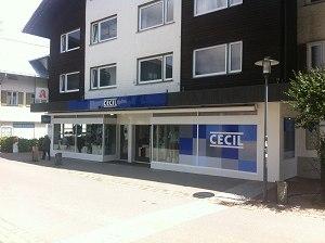 Modegeschäft Cecil in der Hauptstraße eröffnet, ehemals Foto Haas