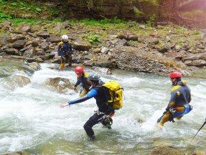 Canyoning - Wasserüberquerung