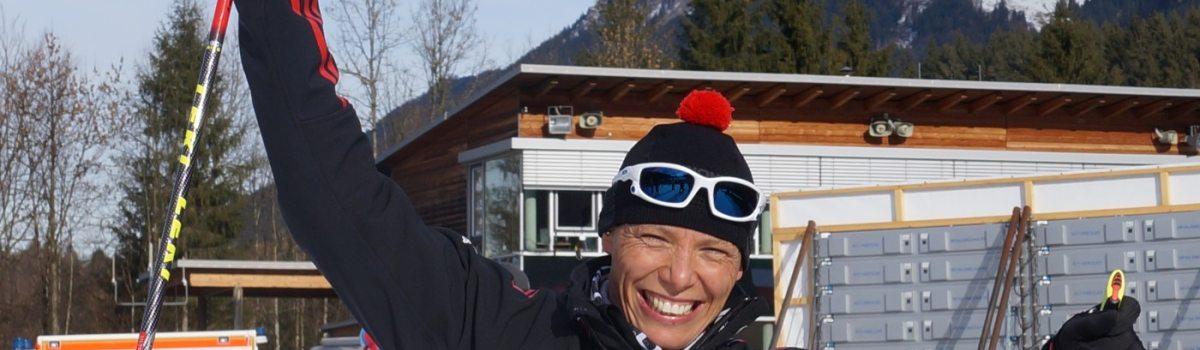 Andrea Eskau freut sich über ihren zweiten Sieg in Oberstdorf