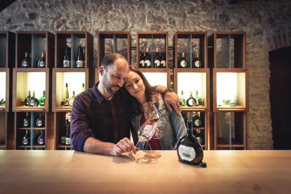 Weingenuss in der Vinothek Iphofen
