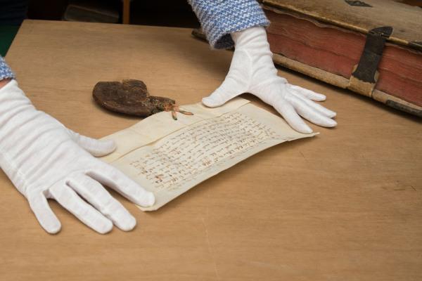 Iphöfer Urkunde aus längst vergangener Zeit