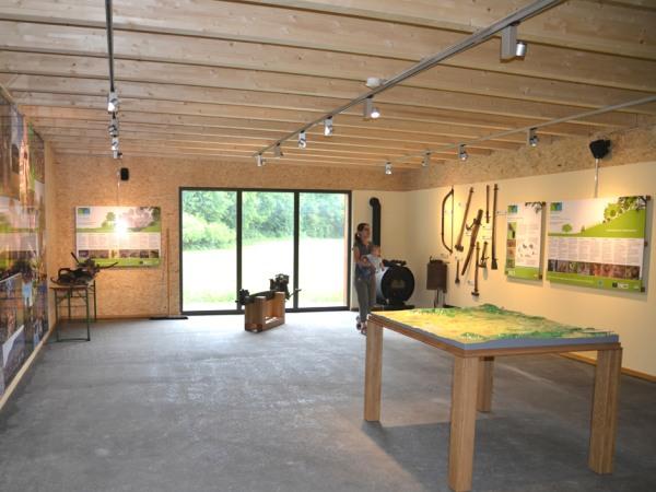 Mittelwaldpavillon Innenansicht