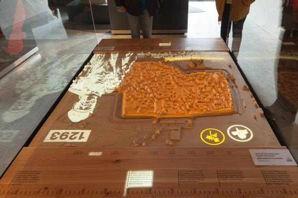 Sprechendes Stadtmodell in der Geschichtsscheune