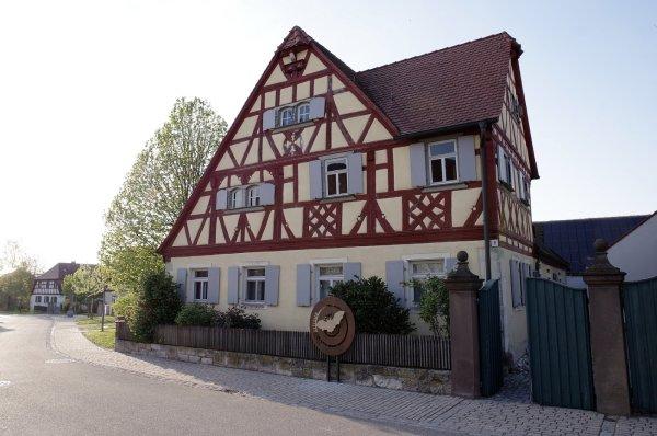Flatterhaus Hellmitzheim