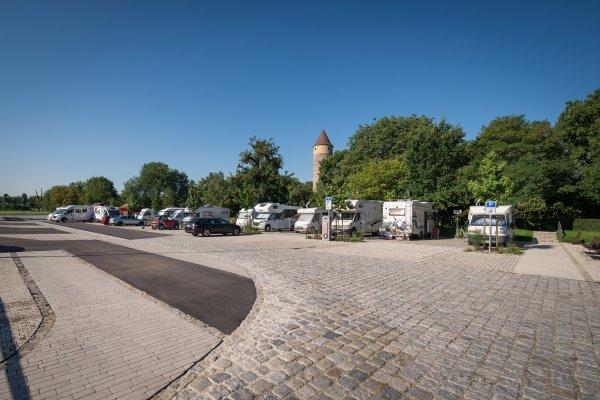 Wohnmobilstellplatz direkt am Herrengraben