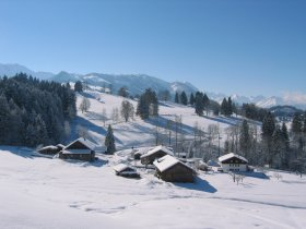 Winter im allgäuer Bergdorf