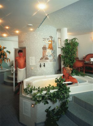 Prickelndes Bad im Whirlpool