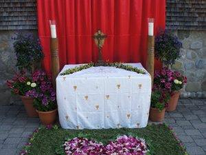 Blütenaltar bei Kienles Adlerkönig
