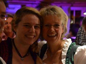 Bestens gelaunt - Silvia mit Anna !