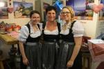 Drei Damen vom Grill, äh ... Messestand