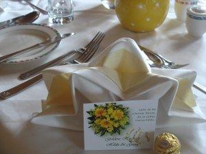 Festgedeck zur Goldenen Hochzeit