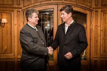 Hans-Christoph von Linstow (UOL) gratuliert Klaus King