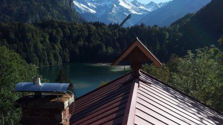 Privatgebäude am Freibergsee mit Ausblick auf die Skiflugschanze