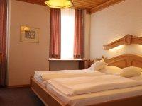 Doppelzimmer Restaurant Hotel Weisses Kreuz in Breitenbach