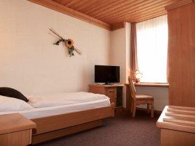 Einzelzimmer im Restaurant Hotel Weisses Kreuz in Breitenbach