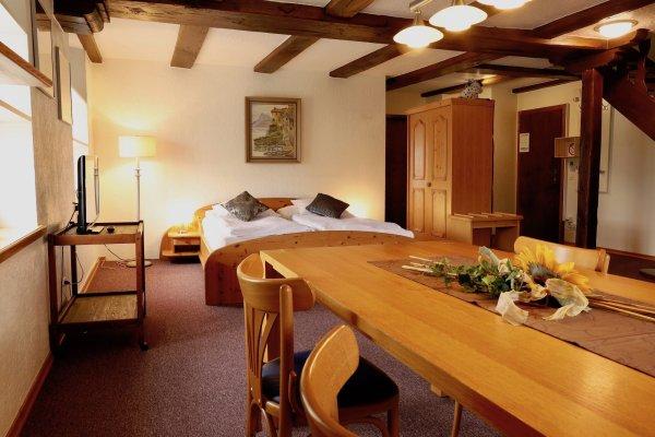 Familienappartement im Restaurant Hotel Weisses Kreuz in Breitenbach