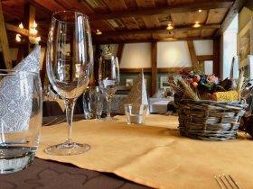 Restaurant Weisses Kreuz in Breitenbach Innenaufnahme
