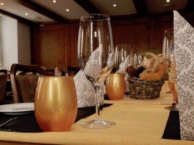 Versantaaltungen und Familienfeste im Restaurant Hotel Weisses Kreuz in Breitenbach