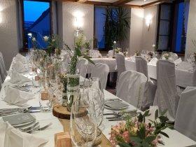 Festtafel für Hochzeiten und Geburtstage