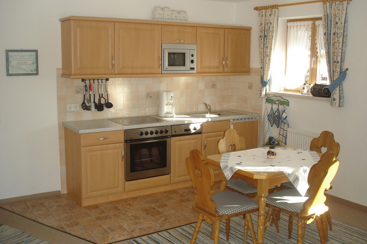 Landhaus bergkristall for Essgruppe küche