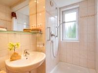 Wohnung 9 - Bad mit Dusche -