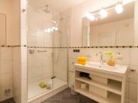 Wohnung in der Poststraße - Badezimmer -