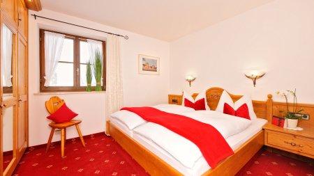 Ferienwohnungen 1 und 2_Schlafzimmer