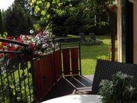 Balkon mit direktem Zugang zum Garten