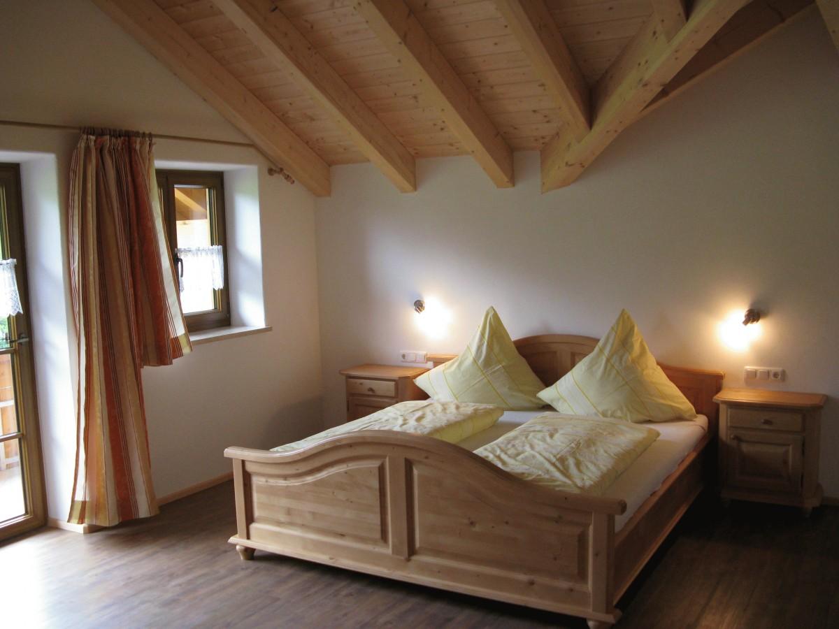 Dachwohnung Schlafzimmer groß