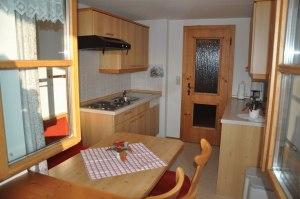 Küchenzeile der Wohnung Nr. 2