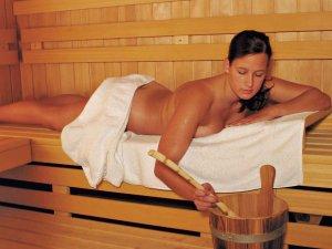Sauna-Frau