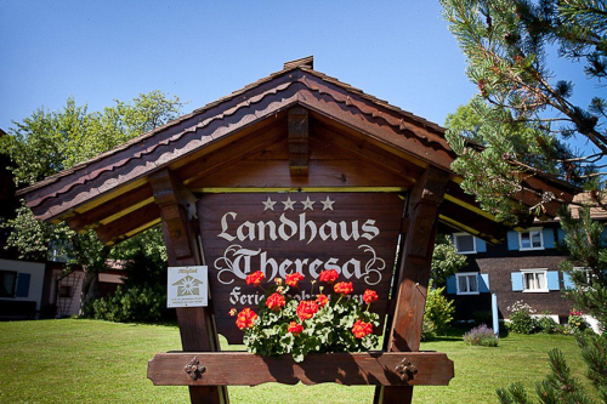 Herzlich Willkommen im Landhaus Theresa