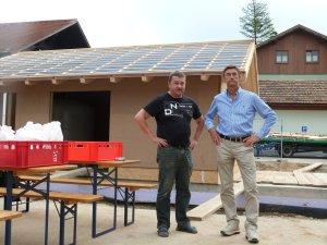 Herr Trunzer von Smart energy und Bürgermeister Jehle