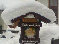 Schneereiche Begrüßung im Winter