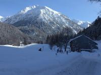 Winterwandern in einer herrlichen Landschaft