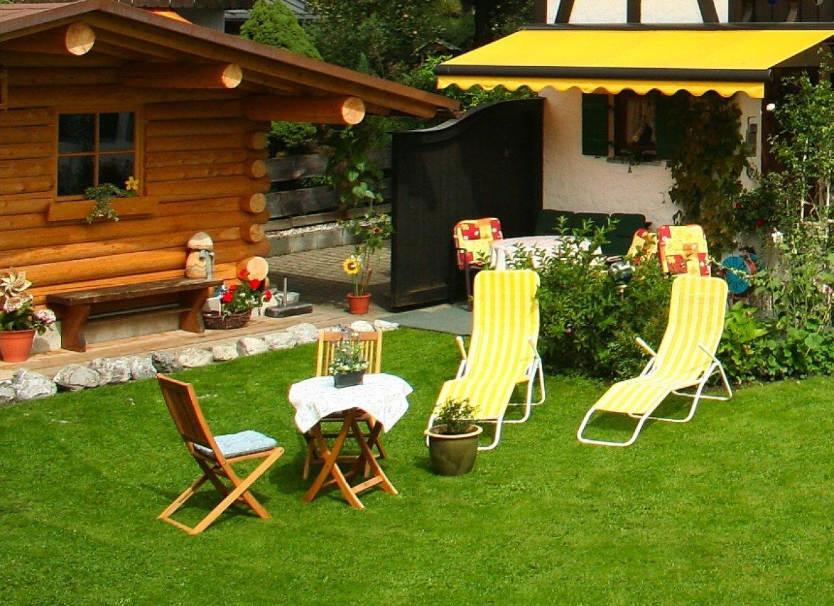 Gemütlicher Garten mit Liegewiese